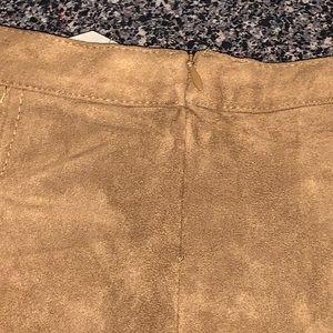 Little Girls Pleated Velour Shorts